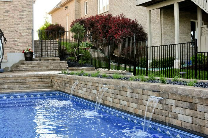Helmutz landscaping patios pools and backyards for Pool design kitchener